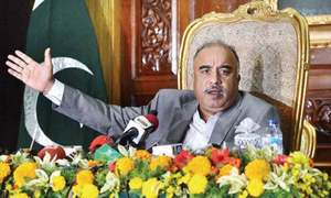 KP governor warns VCs against exerting political pressure on him