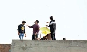 Kite flying unchecked as Faisalabad celebrates Basant
