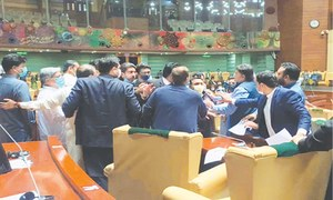 Sindh Assembly sees bedlam as clash between PPP, PTI members continues