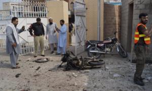 Two injured in a bid to extract metal from mortar bomb in Muzaffargarh