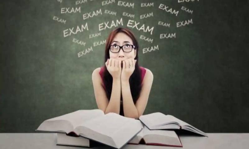 امتحانی اسٹریس، والدین اور بچے کیا کریں؟