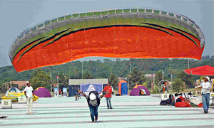 Tourism festival enthral residents of twin cities