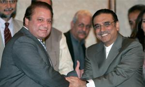 میاں صاحب، پاکستان تشریف لائیں، لڑنا ہے تو ہم سب کو جیل جانا پڑے گا، آصف زرداری