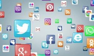 سوشل میڈیا قوانین وضع کرنے کیلئے 5 رکنی کمیٹی تشکیل