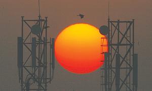 پاکستان میں موبائل ٹیلی کام اسپکٹرم کی نیلامی جون میں متوقع