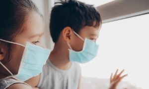 10 سال سے کم عمر بچوں سے کورونا پھیلنے کا امکان بہت کم ہوتا ہے، تحقیق
