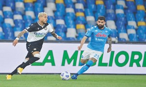 Napoli thrash Udinese to bolster CL chances