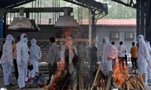 بھارت میں تین ہفتے بعد کورونا سے ہلاکتوں کی تعداد میں کمی