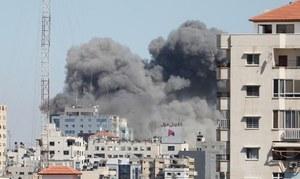 'صحافیوں کو نشانہ بنانا جنگی جرم ہے'، غزہ میں میڈیا دفاتر کی تباہی پر ردعمل