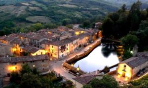 اٹلی کے یہ خوبصورت قصبے آپ کو وہاں رہنے پر پیسے دینے کیلئے تیار