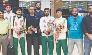 Pakistan taekwondo team returns after participating in Olympic qualifiers