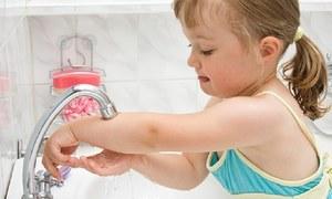 کووڈ سے بچاؤ کی تدابیر سے بچوں کے دیگر امراض کی شرح میں بھی کمی