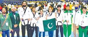 Pakistan bag  silver at Asian taekwondo event