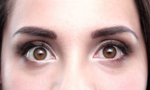 انسانی چہروں پر پلکیں اور بھنویں کیوں ہوتی ہیں؟