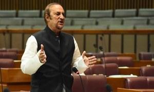 وزیر اعظم کے مشیر نے صدارتی نظام کی باتیں مسترد کردیں