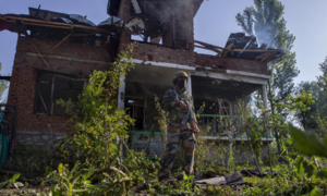 Fighter in police custody killed in gunfight in occupied Kashmir