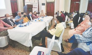 Experts alarmed at country's population growth rate