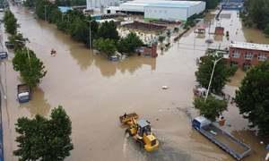 چین: شدید بارشوں، سیلاب نے تباہی مچادی