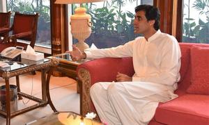 وزیر اعلیٰ پنجاب نے اسپیشل کوآرڈینیٹر عون چوہدری کو ڈی نوٹیفائی کردیا