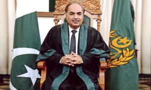 سندھ ہائیکورٹ کے چیف جسٹس، دیگر تمام ججز کی وکلا کی ہڑتال کے باوجود عدالتوں میں حاضری