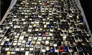 ملکی سطح پر موبائل فونز کی تیاری، درآمد سے بڑھ گئی