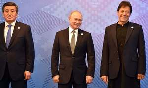 روسی صدر کا وزیراعظم عمران خان کو فون، افغانستان کی صورتحال پر تبادلہ خیال