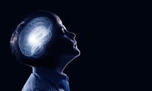 عمر بڑھنے کے باوجود دماغ کو جوان رکھنے میں مددگار طریقے