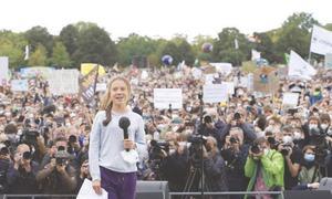 Greta Thunberg rallies climate activists for German vote