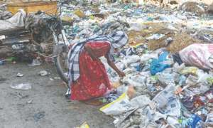 Move to involve law enforcers in garbage collection in Karachi