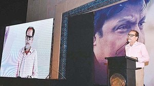 I will live in Pakistan, I will die in Pakistan: Umer Sharif