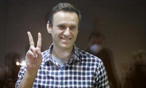 Jailed Russian opposition leader Navalny wins EU's top human rights prize