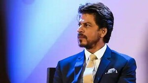 India's drug control authority arrives at Shah Rukh Khan's house after he visits son in jail