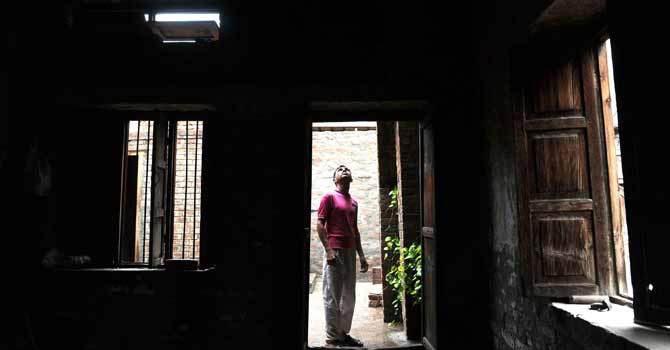 جھنگ میں واقع ڈاکٹر عبدالسلام کا آبائی مکان۔ فائل تصویر اے ایف پی