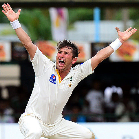 Video: Yasir Shah just keeps on picking wickets